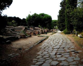 Ostia Antica 1° percorso: da Porta Romana al Foro, passando per il Teatro e la Caserma dei Vigili