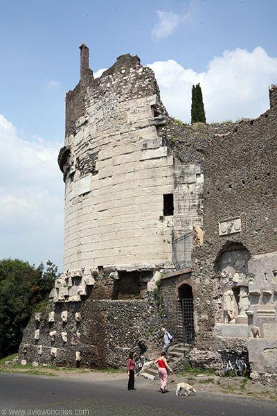 La Via Appia Antica a Piedi