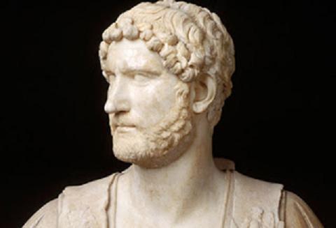 Nel Solco di Adriano - Visita guidata nei luoghi e nelle memorie del grande Imperatore romano